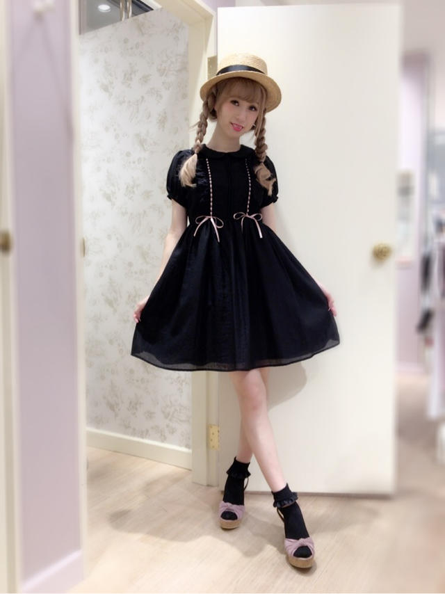 \♥︎/池袋店:black×pinkのdolly code♡