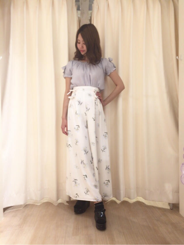 天王寺MIO♡pantsなのにgirlyなcoordinate